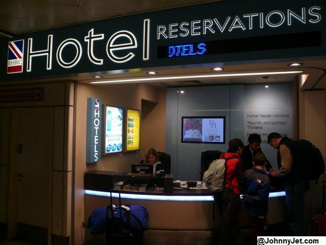 Standar operasional prosedur dalam menangani dan memproses for Reservation d4hotel